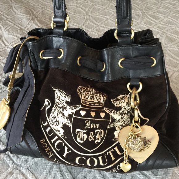 Juicy Couture Handbags - Juicy Couture Brand - Black and Gold Purse 1146c011cc93